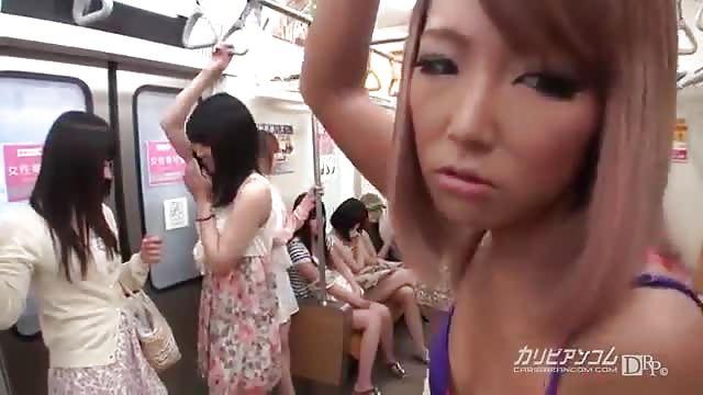 سكس ياباني في المترو