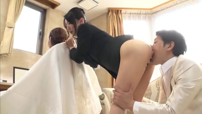 عريس يخون عروسته